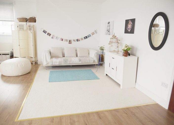 baby studio glasgow.jpg - sofa