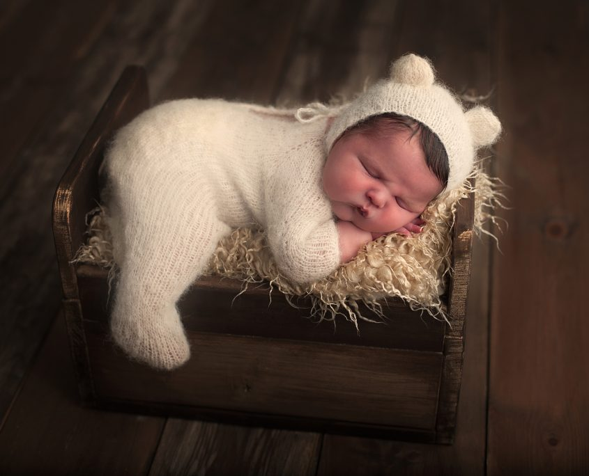 Baby photoshoot glasgow newborn photographer glasgow pampers glasgow mothercare glasgow mamas and
